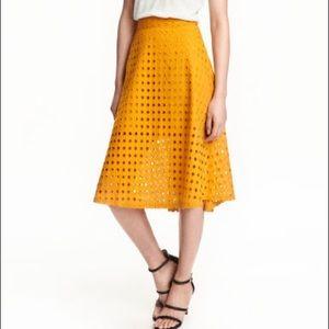 2 for 40$ 💕 H&M midi skirt